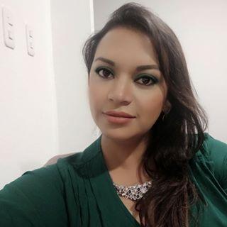 Carly Yépez